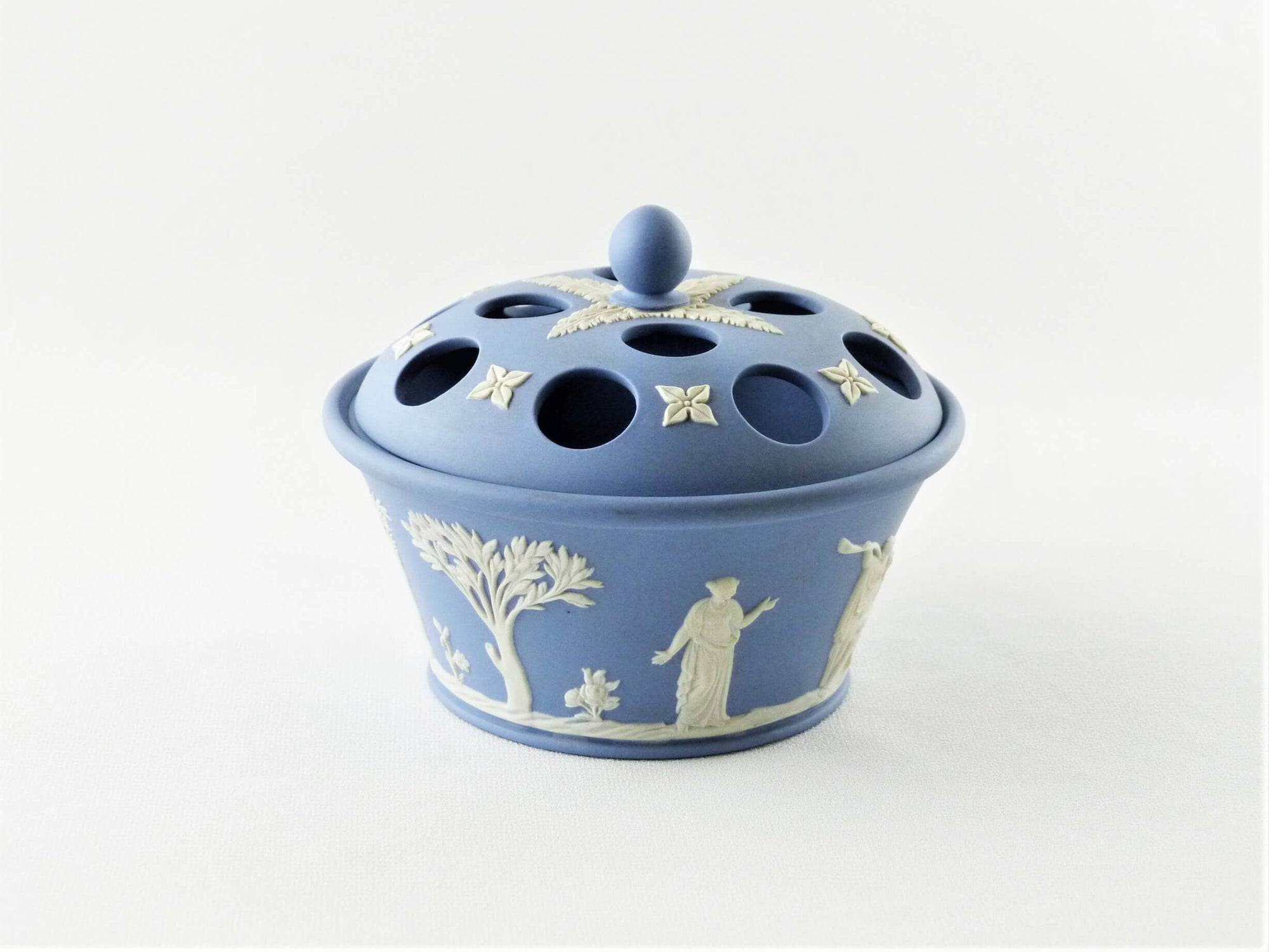 Blue Wedgwood Jasperware Potpourri Pot, Attractive Ornament