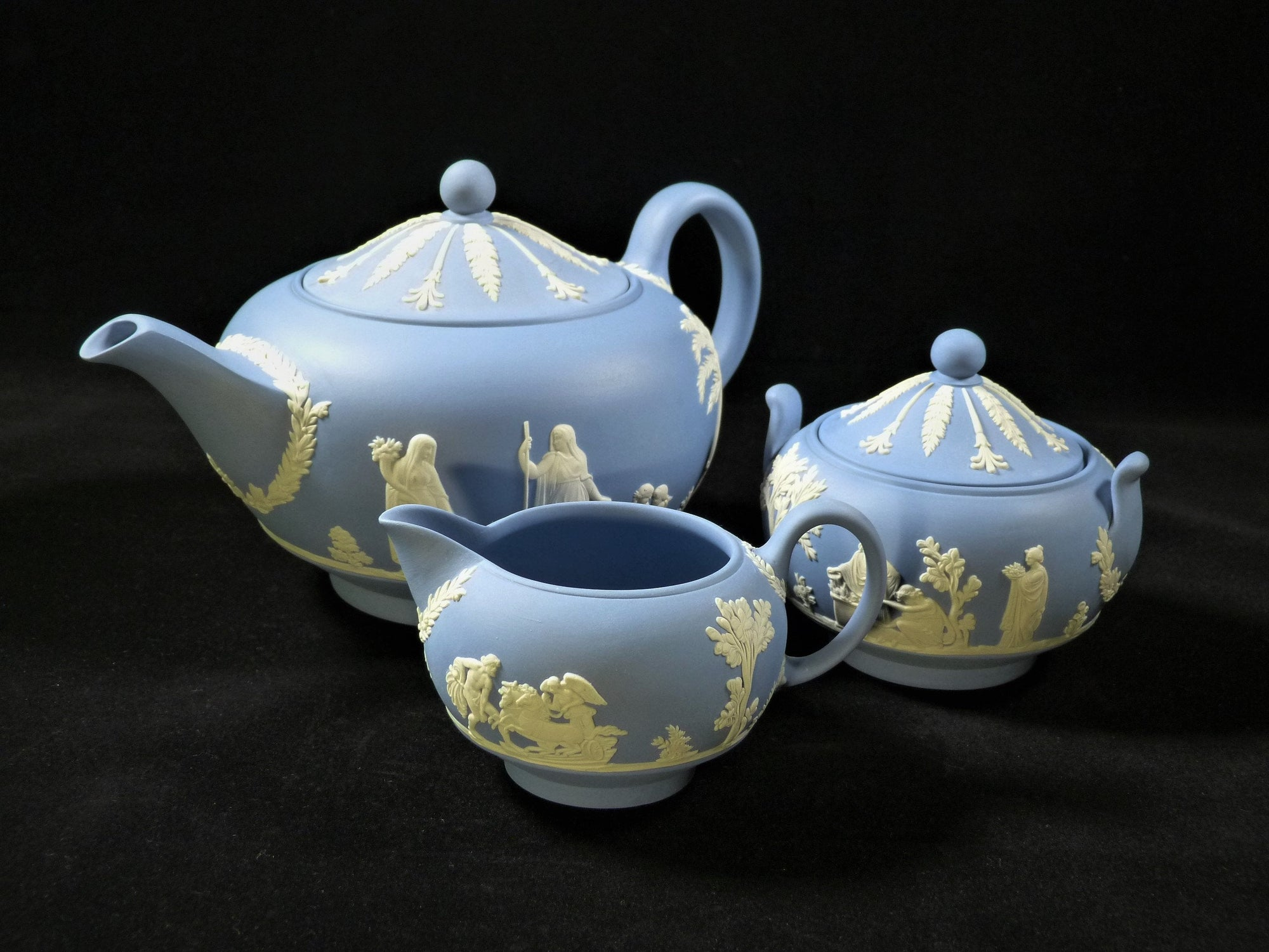 Wedgwood Jasperware Blue Teapot, Creamer and Sugar, Full Size, Superb Set