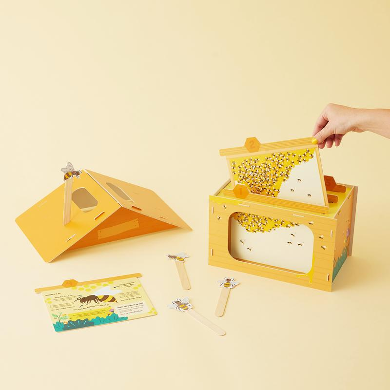 Crafty Little Kits - Buzzing Around