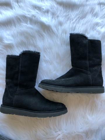 Uggs Boots Womens 7