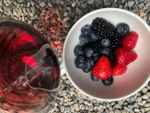 Load image into Gallery viewer, Fresh berries and brachetto