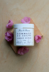 Sugar Scrub : creamy exfoliating body scrub scented with musk flower