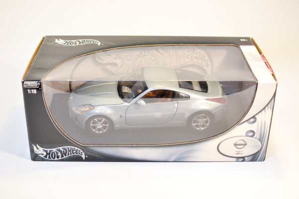 Hot Wheels Nissan 350z 1:18