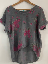 Load image into Gallery viewer, Large Floral Print Linen  T-shirt
