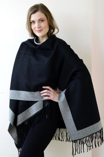 Archer House Bordered Reversible Wrap