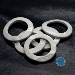 (1 pieces set) Coconut shell Ring (SPRAY White)
