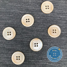 Load image into Gallery viewer, (3 pieces set)Beige color Natural Trocas shell Button