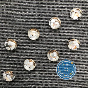 Shell shank button with metal shank back