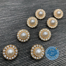 Load image into Gallery viewer, Pearl button with diamonds light gold shank button