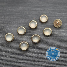 Load image into Gallery viewer, (3 pieces set) Pearl look metal shank button