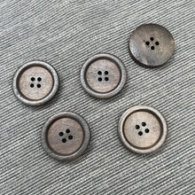 Load image into Gallery viewer, (2pcs set) 28mm Wooden Button