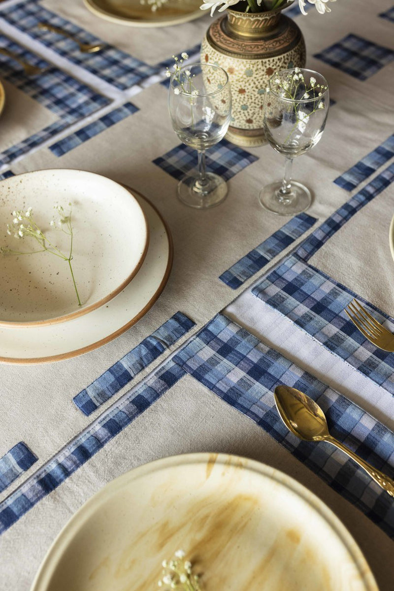 Blyna - Dining Set Of A Table Runner And 6 Table Mats - Veaves