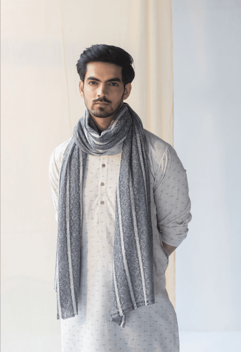 Serein Soft Woollen Stole - Veaves