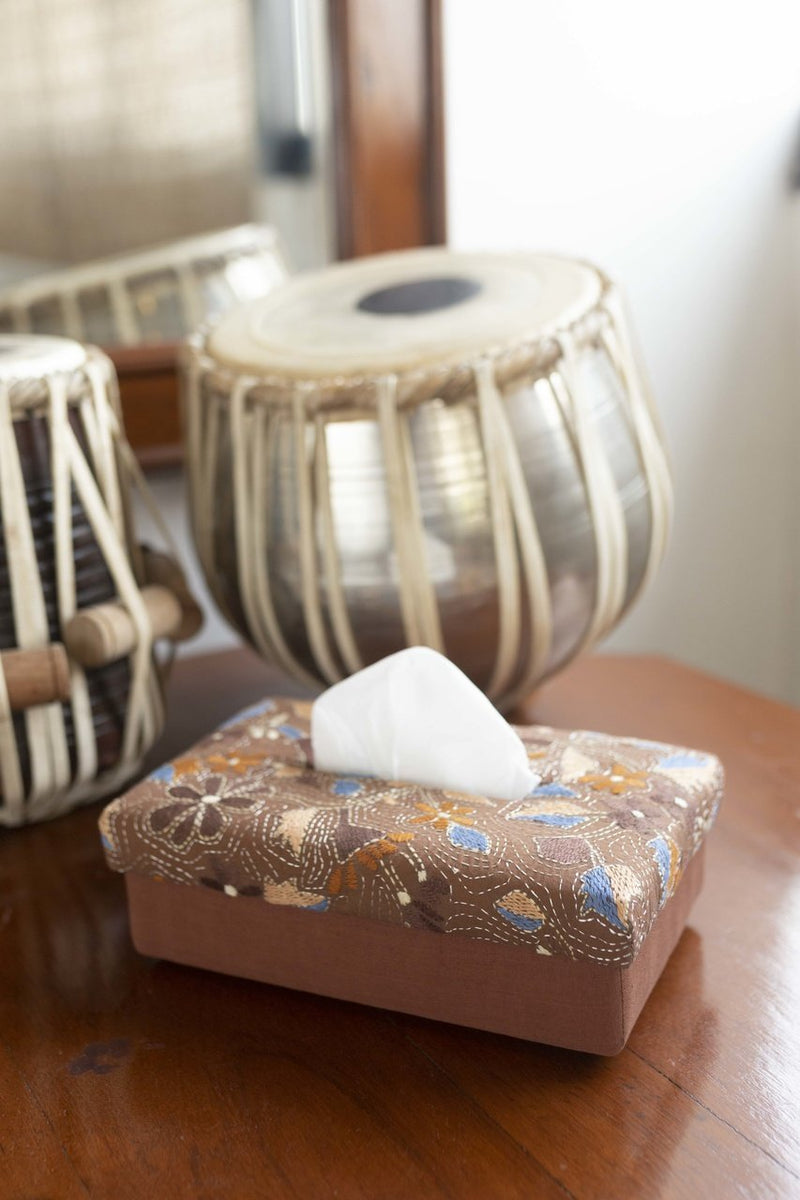 Aiyana - Hand Woven Tissue Box - Veaves