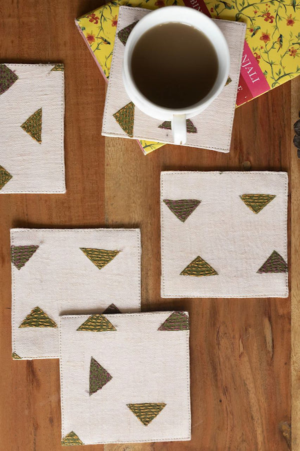 Trokut - Croatian For Triangle - Set Of 6 Pcs - Veaves