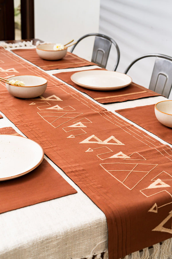 Ambiente Castell Dining Set of A Table Runner And 6 Table Mats