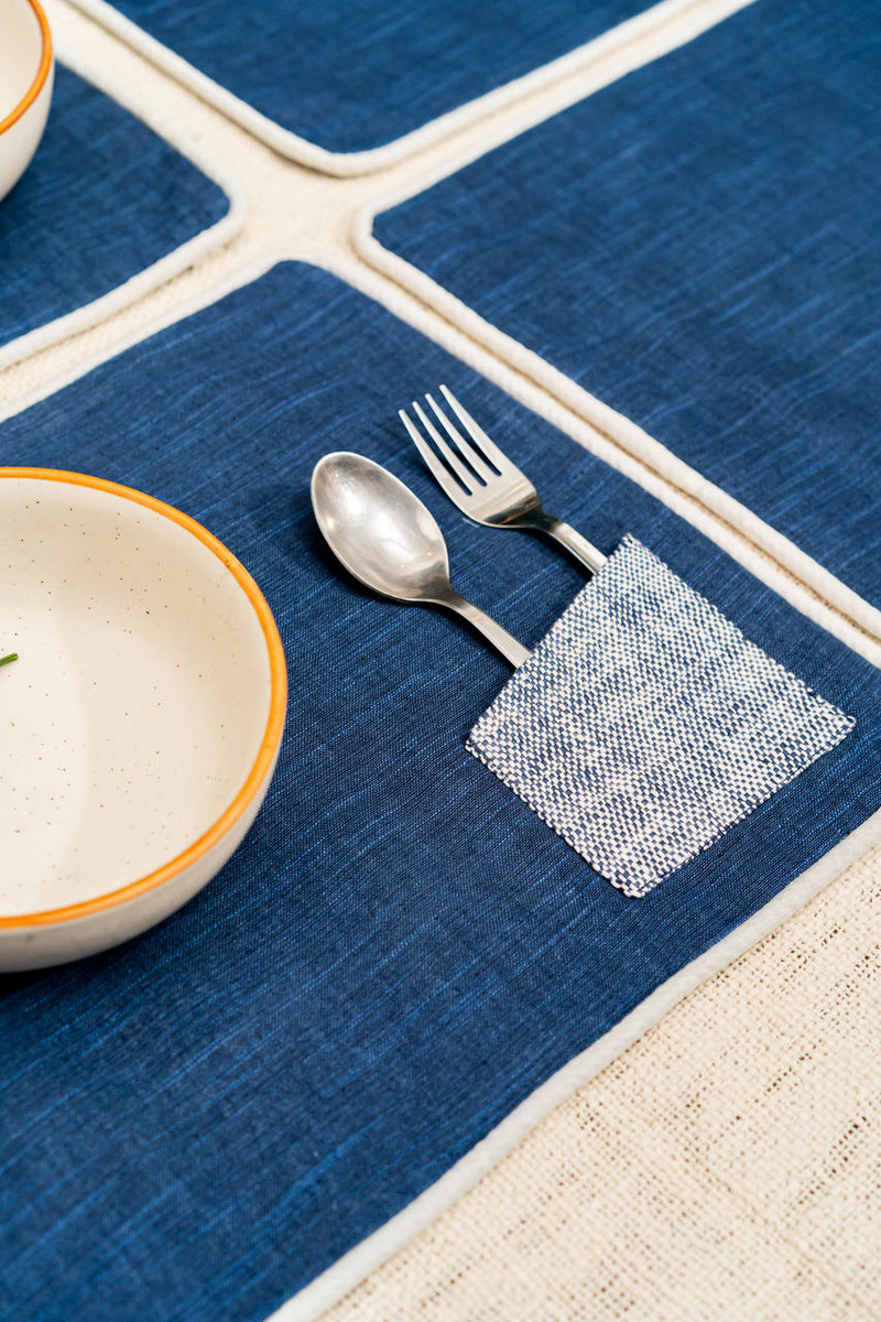 Udanpesha Dining Set Of A Table Runner And 6 Table Mats