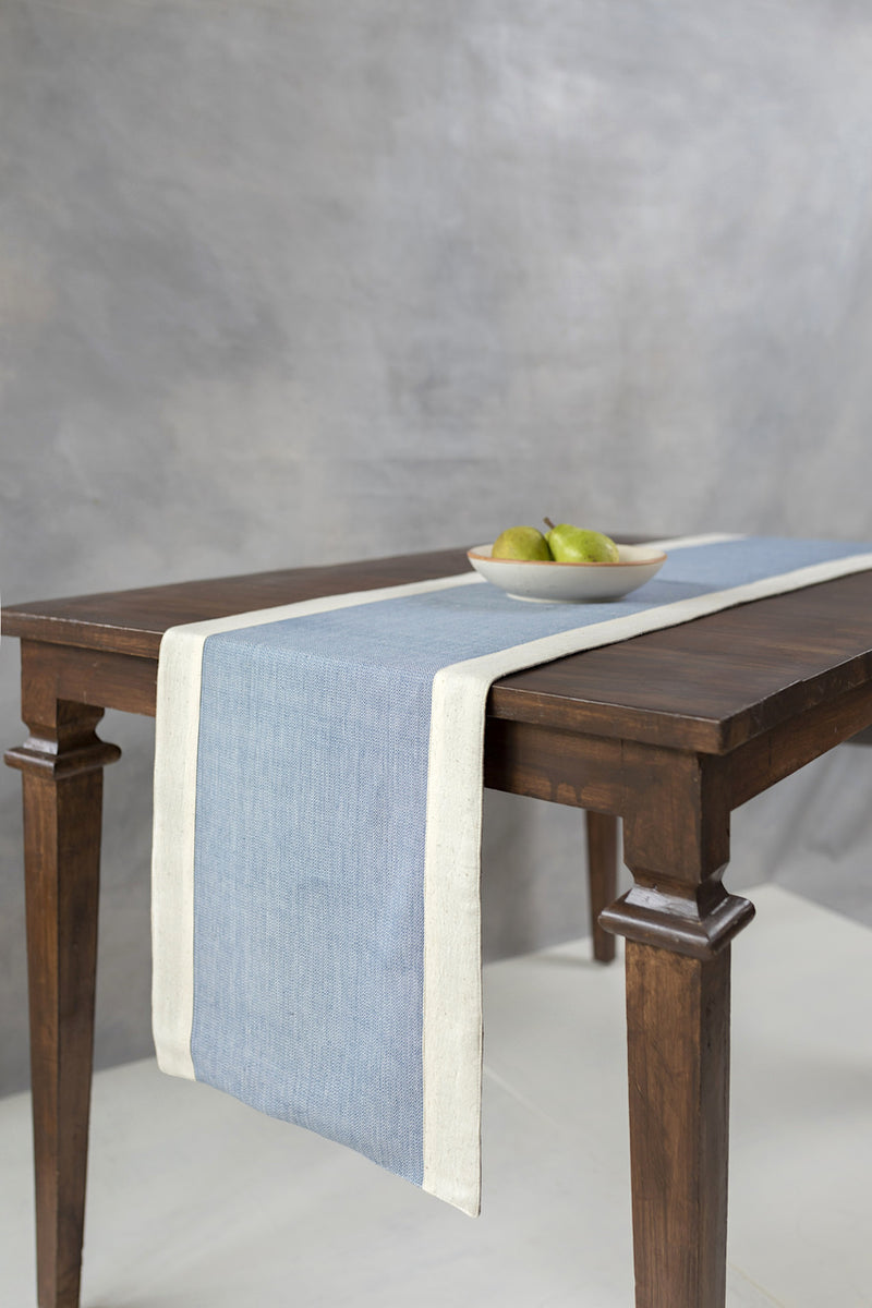 Sangfroid - Table Runner - Veaves