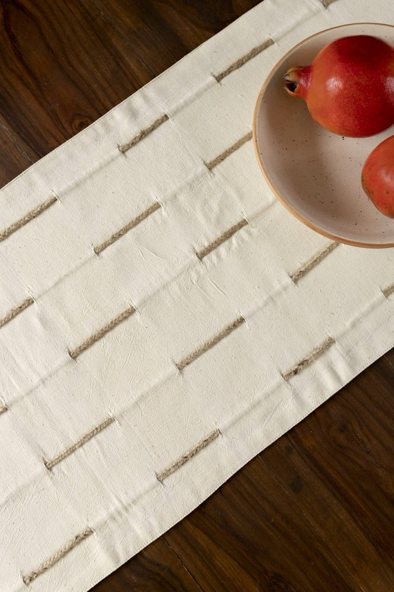 Tacenda - Table Runner - Veaves