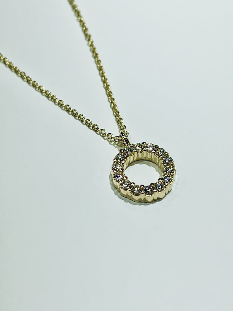 Yellow Gold Diamond Circle Pendant - THE VILLAGE JEWELER