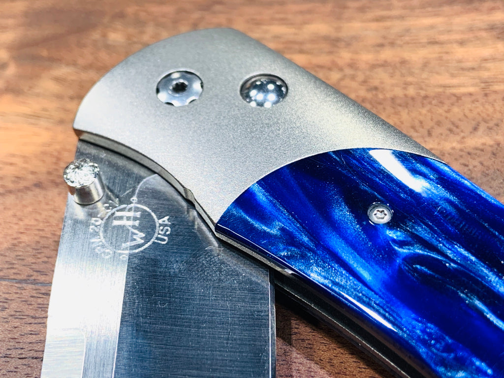 A300 Blue Folding Pocket Knife - THE VILLAGE JEWELER