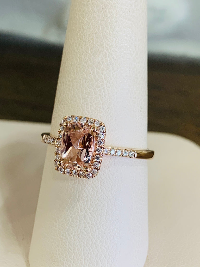 Morganite & Diamond Pavé Ring - TVJGNV