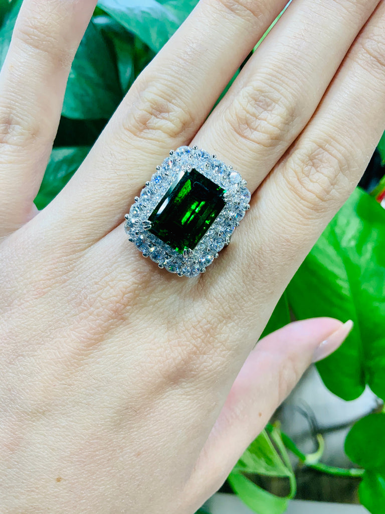 Queen Nicaea Couture Ring - TVJGNV