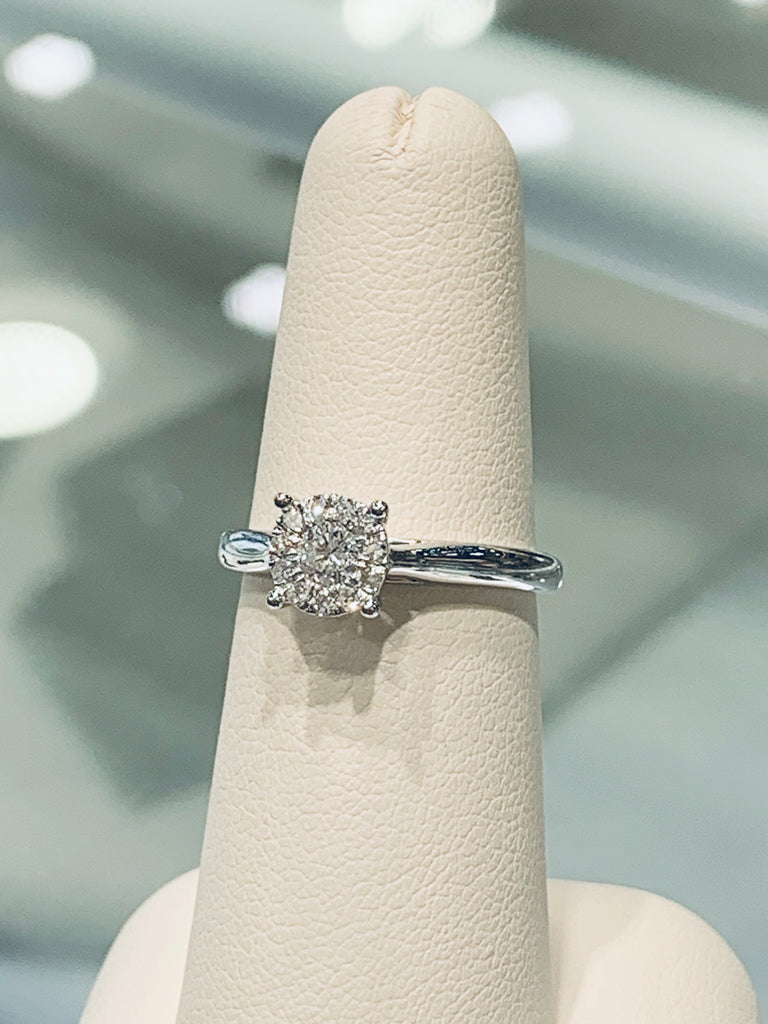 Round Diamond Cluster Engagement Ring - TVJGNV