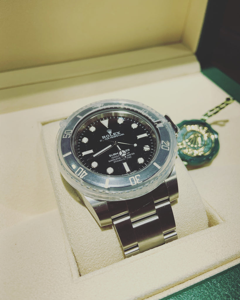 Rare No Date Rolex Submariner - THE VILLAGE JEWELER