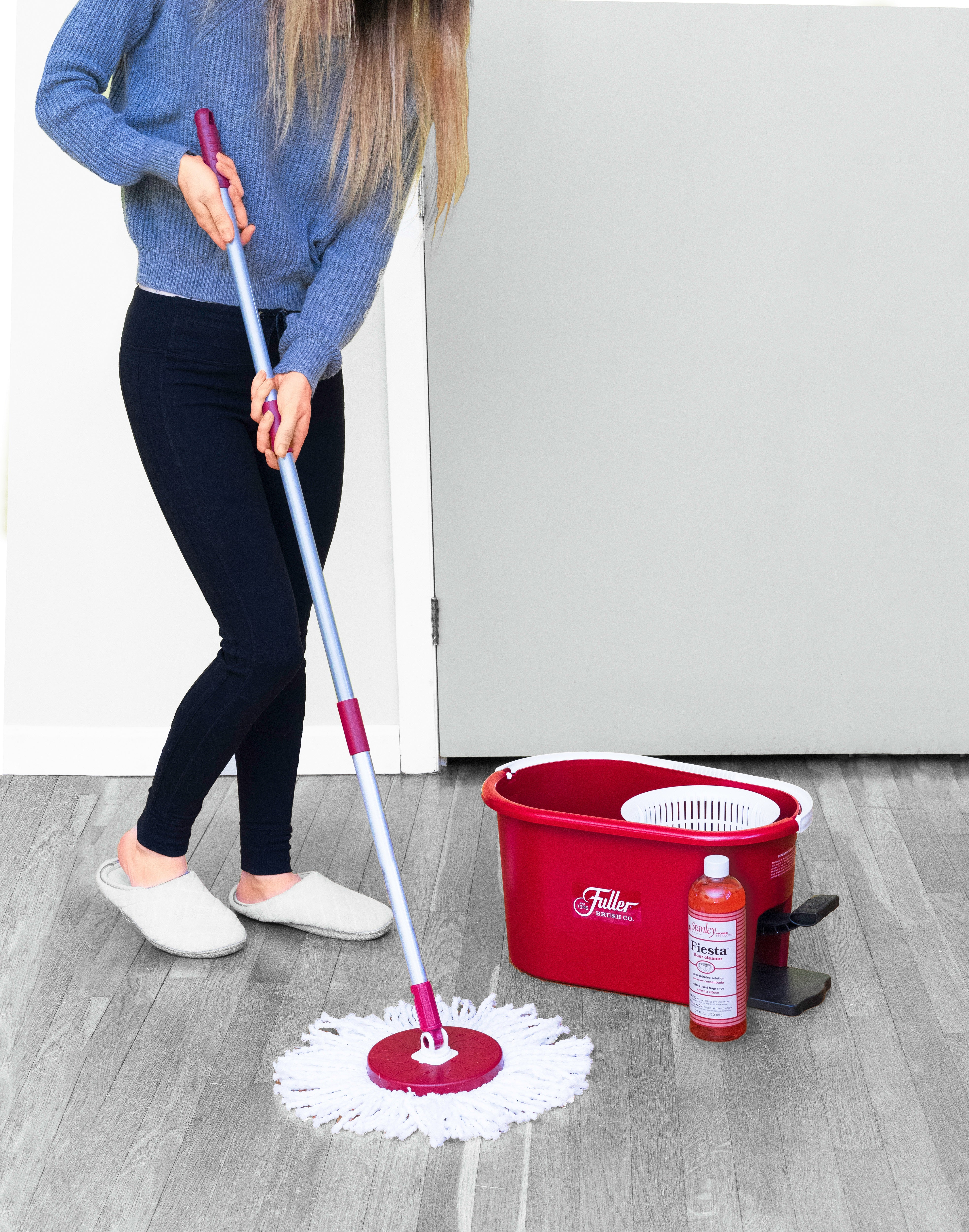 Spin Mop Bucket System - Easy Wring 360° Spin - Streak Free Floor Cleaning - 2 Microfiber Heads