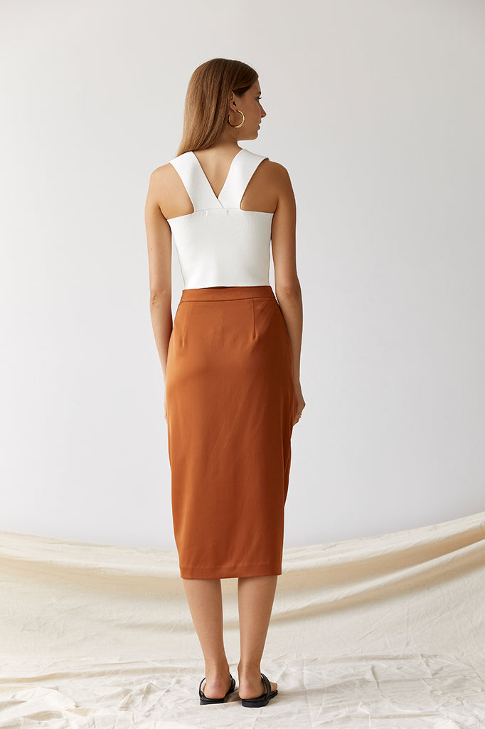 Friend of Audrey Nadia Cropped Crepe Knit Top