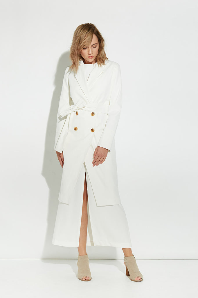 SHAPE SHIFTER WHITE TRENCH COAT