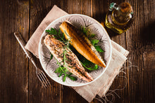 Load image into Gallery viewer, Smoked Mackerel (pack of 3)