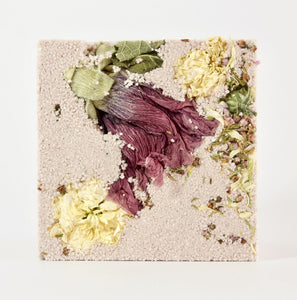 SOWKH - NATURAL EFFERVESCENT BATH CUBE - NOURISH