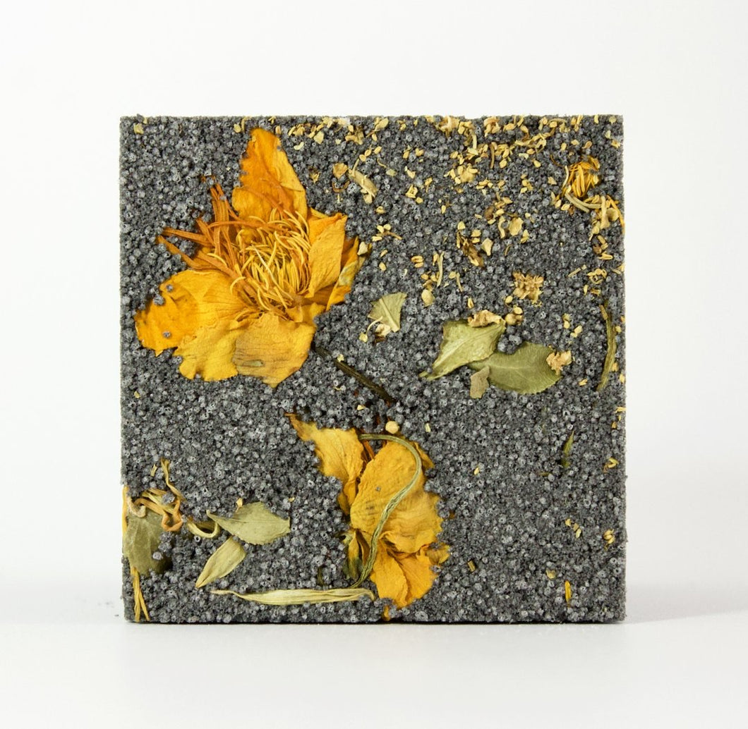 SOWKH - NATURAL EFFERVESCENT BATH CUBE - INDULGE