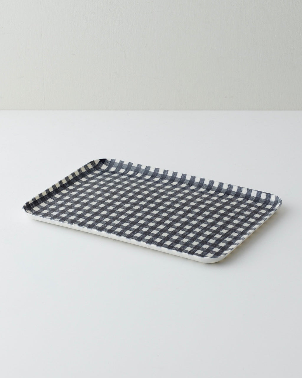 Linen Tray Medium: Navy White Check