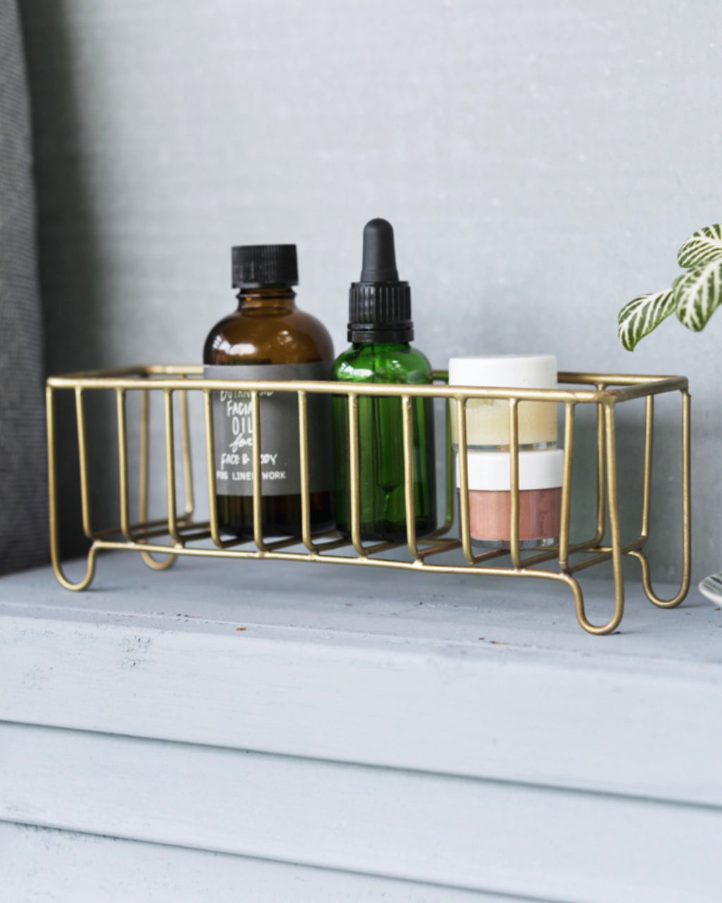 Brass Wire Basket: Narrow