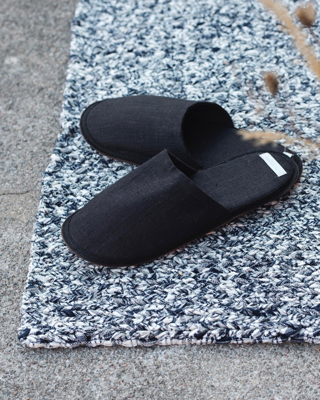 Linen Slippers: Graphite