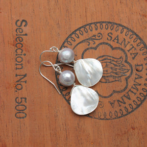 Mother of Pearl Teardrop with Pearl
