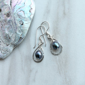 Freshwater Pearl Dangle Ensconced in Silver