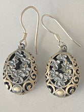 Load image into Gallery viewer, Sterling Silver Dangle Earrings Oval Filigree Flower Design Bali