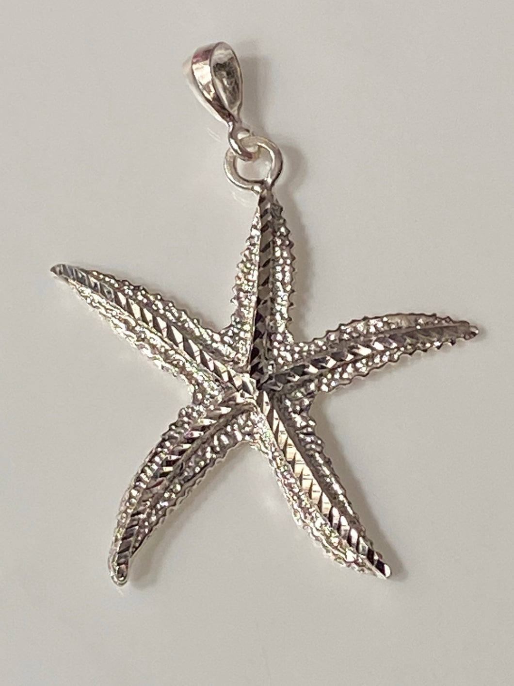 Starfish Pendant 100% Sterling Silver Jewelry. Free Shipping! Free Silver Plated Chain