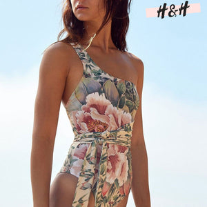 Harry and Hope DESIGN - Maillot 1 pièce floral asymétrique