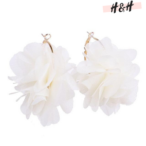 Harry and Hope DESIGN - Boucles d'oreilles effet fleur
