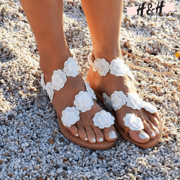 Harry and Hope DESIGN - Sandales à fleurs blanches