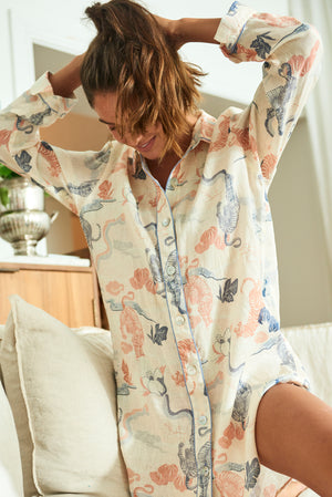 THE LAZY POET SISSY SLEEP SHIRT IN PEKING DRAGON PRINT