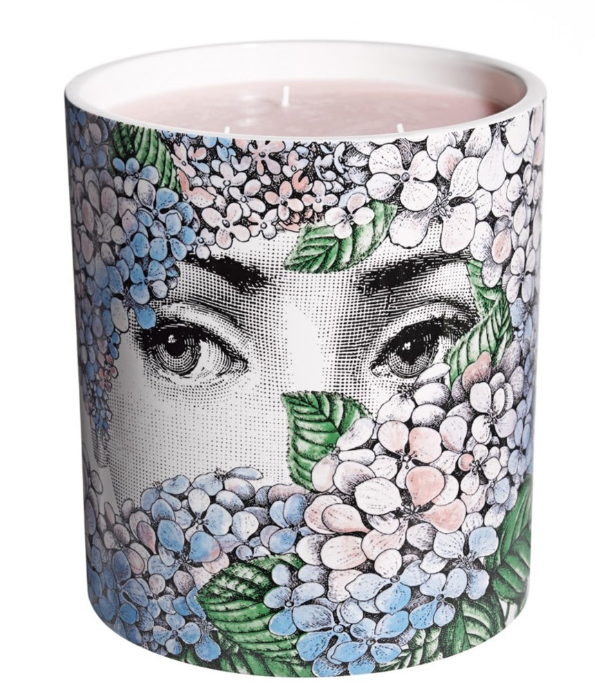 Load image into Gallery viewer, FORNASETTI LARGE ORTENSIA CANDLE 67 OZ