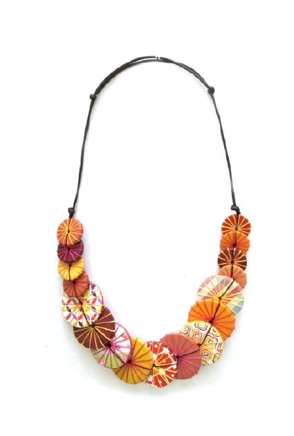 Neon Floral Button Necklace N7-04DHE
