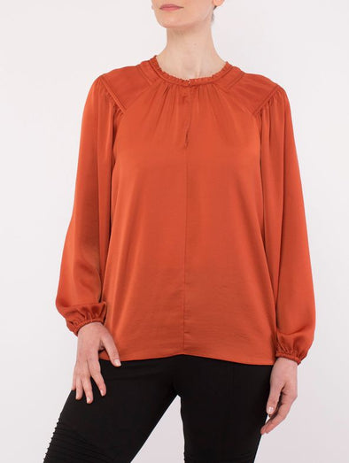 Ping Pong Pleat Shoulder Top