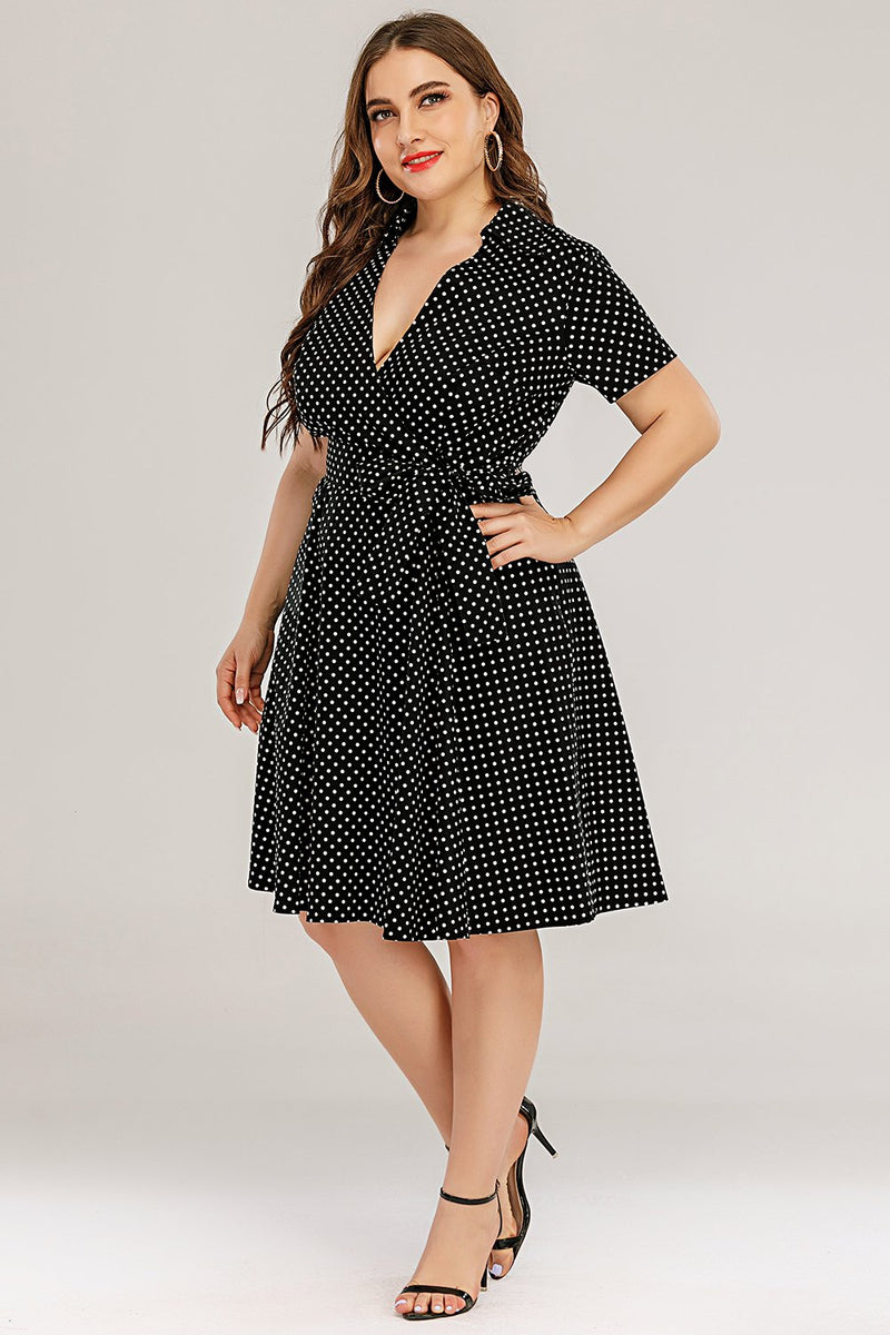 Load image into Gallery viewer, Plus Size Polka Dots Swing Klänning